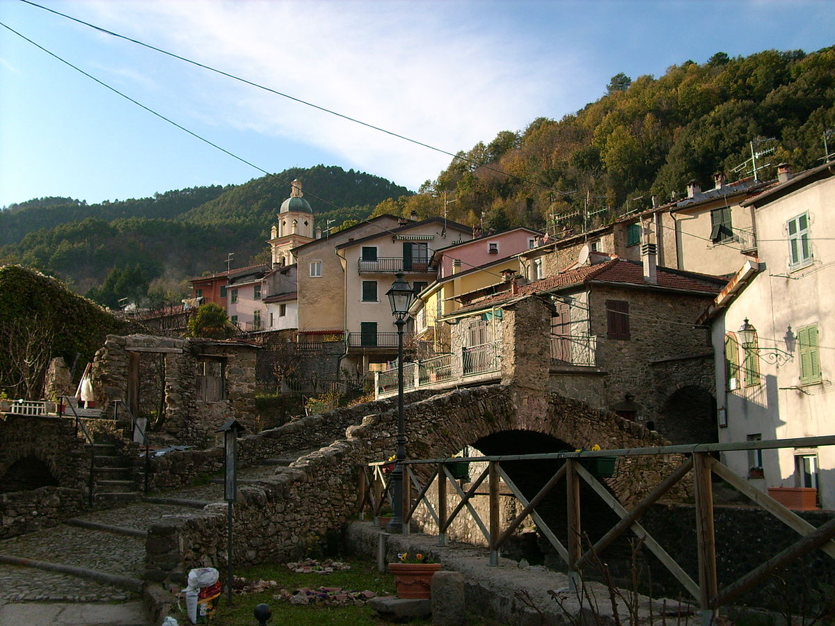 Davide Papalini (CC BY-SA 3.0) - wikimedia commons