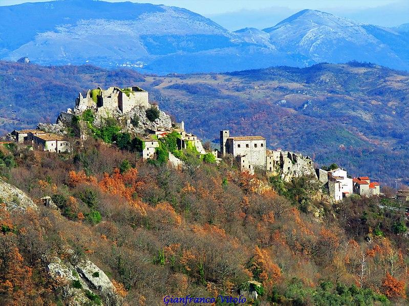 Rocchetta a Volturno / Wikipedia