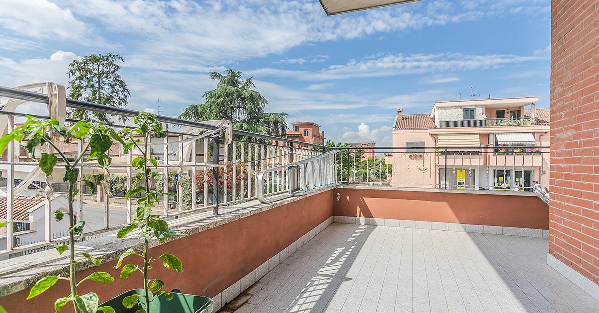 Case economiche con terrazzo in vendita