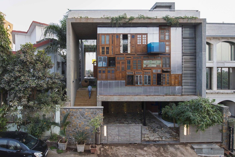 La casa si trova in India