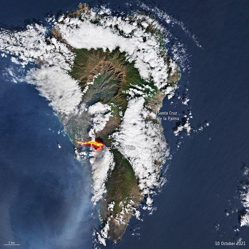 L'eruzione del Cumbre Vieja alle Canarie vista dallo Spazio