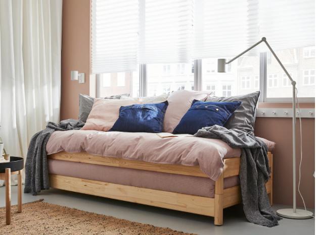 il letto a scomparsa e impilabile di Ikea / ikea