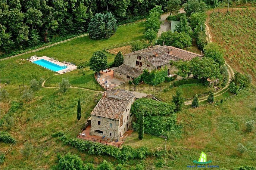 Casa indipendente in vendita in area residenziale for Piani di casa bassa architettura del paese