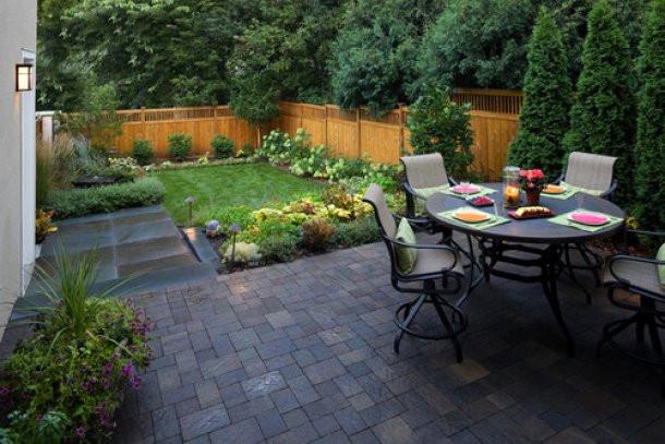 Ben noto 12 idee per decorare un giardino di piccole dimensioni LK15