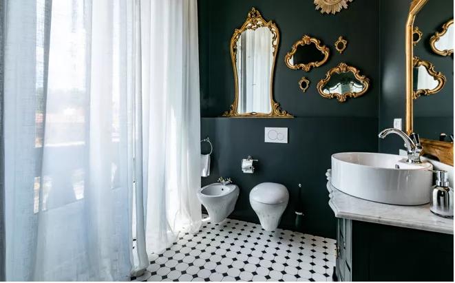 Rinnovare il bagno con pochi soldi idee per interventi for Idee per arredare casa con pochi soldi