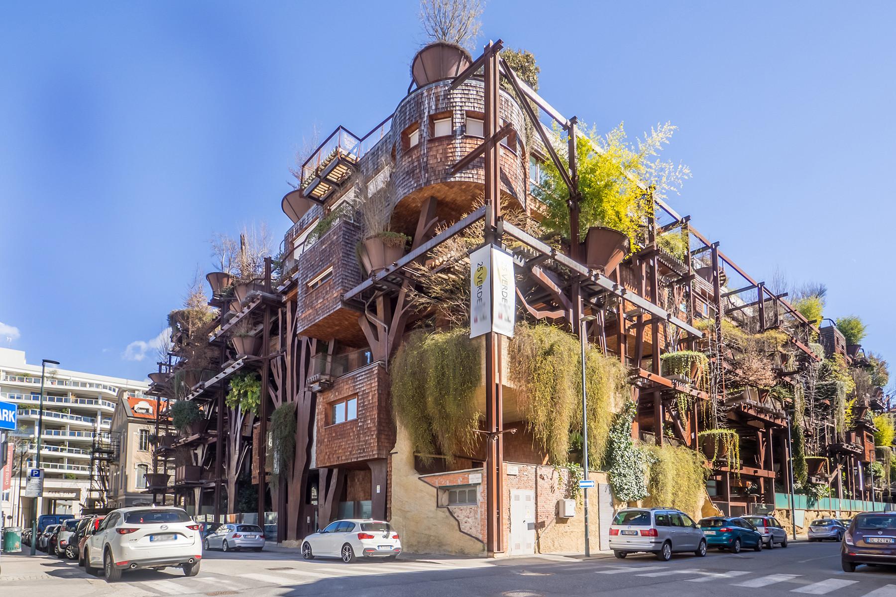 Bosco Verticale Appartamenti Costo in vendita l'attico della casa foresta di luciano pia a