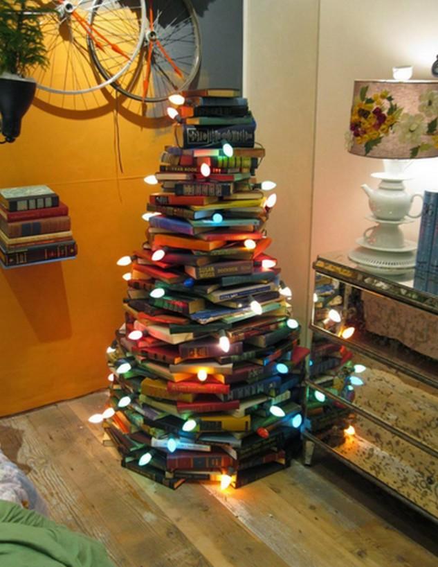 Albero Di Natale Fatto Con Libri