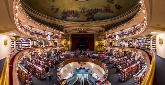 Un teatro del XIX secolo trasformato in una libreria spettacolare a Buenos Aires