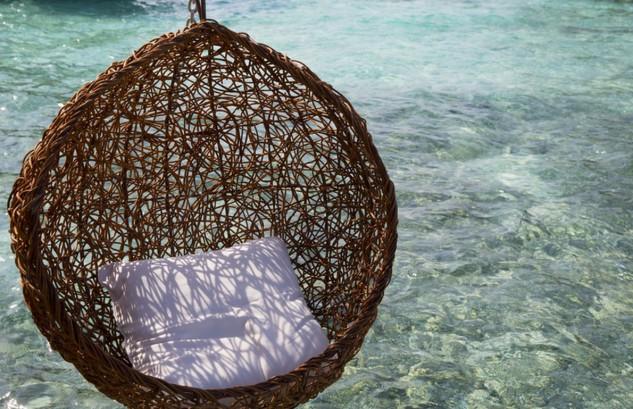 Dalla camera all'acqua con uno scivolo: così sarà il lussuoso hotel che aprirà a ottobre 2016 alle Maldive (Fotogallery)