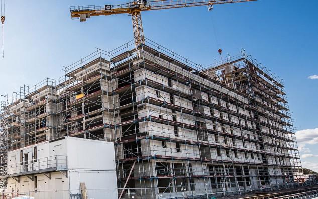 Un complesso con una superficie di 6.000 m2 e 162 abitazioni / Frey Architekten