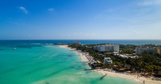 9. Playa Norte