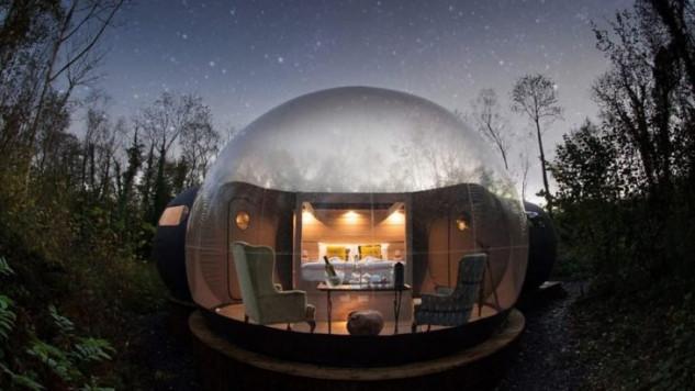 Stanza da letto dentro una bolla in Irlanda