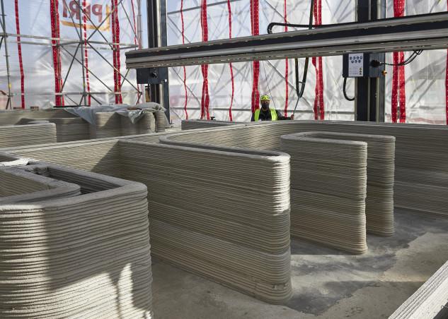 I lavori per la realizzazione della casa stampata in 3D a Beckum, in Germania / HeidelbergCement AG/Michael Rasche