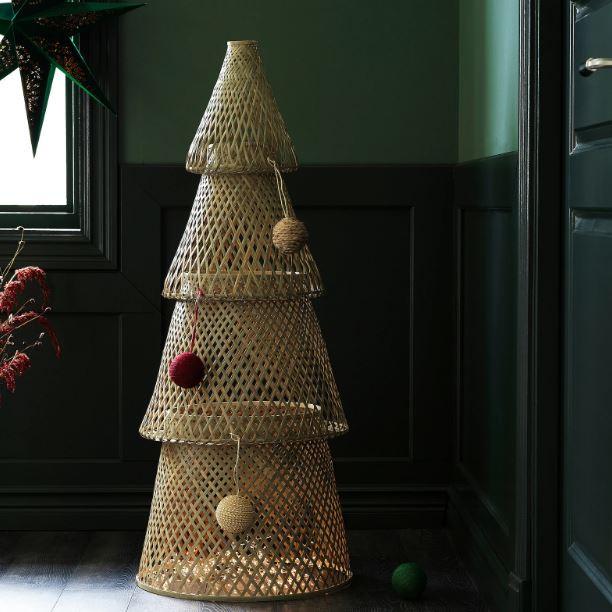 Un albero diverso / Ikea