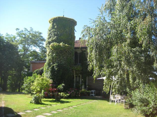 Borgo Paderna / Borgo Office