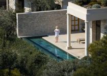 Immagine 0 - Uno spettacolare resort ad Atene ispirato all'architettura greca classica
