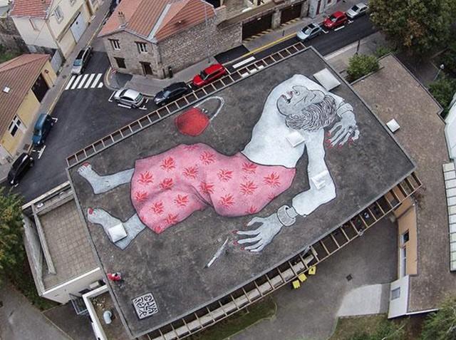 Uno sguardo dall'alto ai giganti che riposano degli artisti