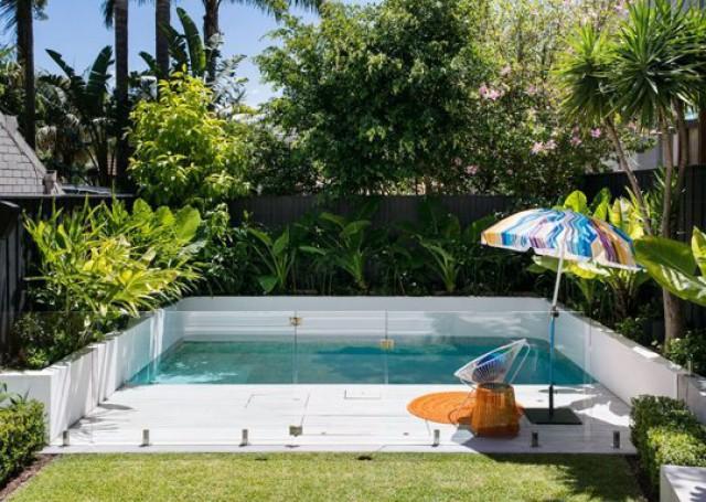 Idee per decorare casa come adattare una piscina anche a un