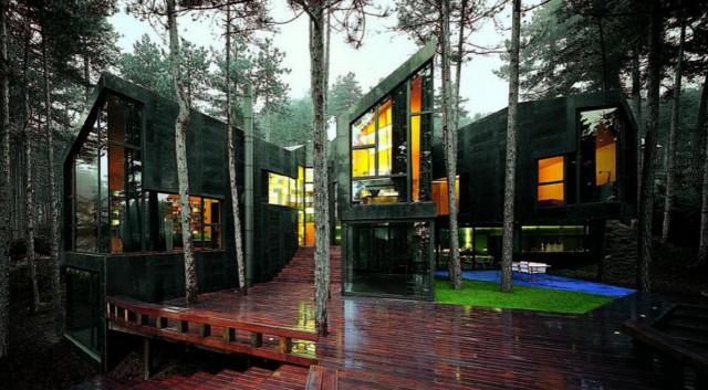 La casa di design nella natura in Spagna