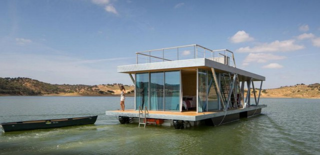 La casa galleggiante autosufficiente