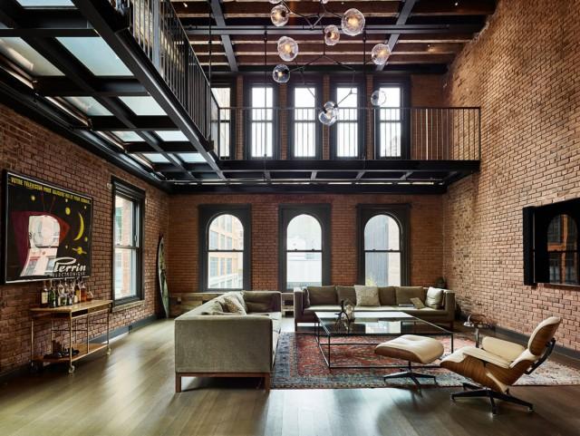 Soluzioni di arredo e luci per un appartamento con elementi d