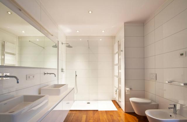 Rinnovare il bagno spendendo poco i consigli degli esperti