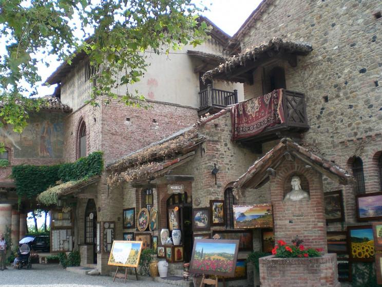 Borgo Grazzano Visconti