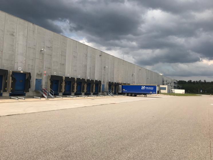 Centro Logistico Panalpina / Nuveen Real Estate