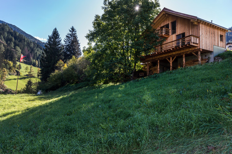 """La """"casa sull'albero"""" dello studio Solarraum"""