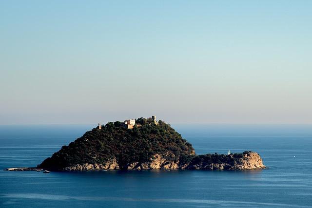 L'Isola di Gallinara / Pixabay